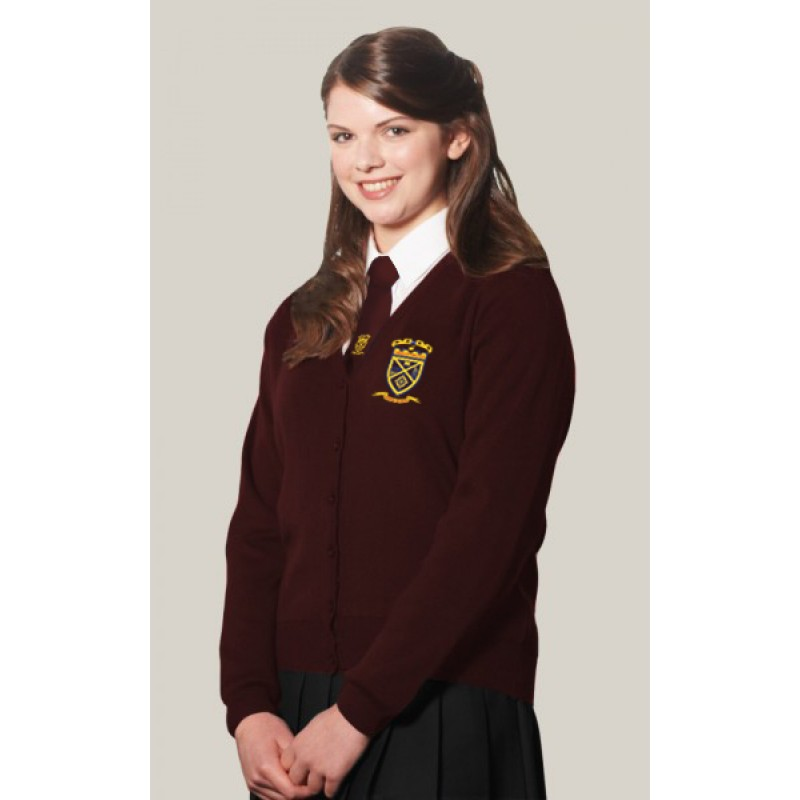 Shop girlsâ school uniforms so she can feel and look great as she heads in to tackle another day of learning. Girlsâ uniform clothing adheres to most uniform codes, so you can create a well-rounded school wardrobe. Sears has just the uniform clothes she needs.